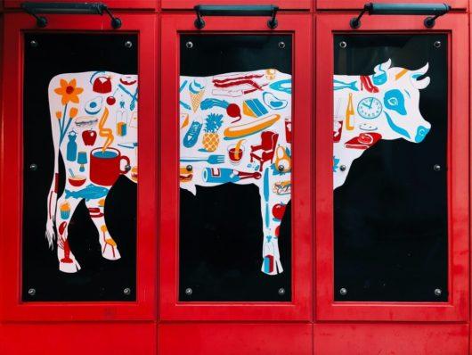 牛のかわいいイラスト(絵)1