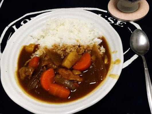 北海道の一人暮らし料理:カレーライス